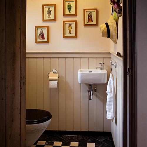 2e toilet2