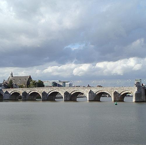 csm St Servaasbrug Maastricht 426x426 f0644e0f93