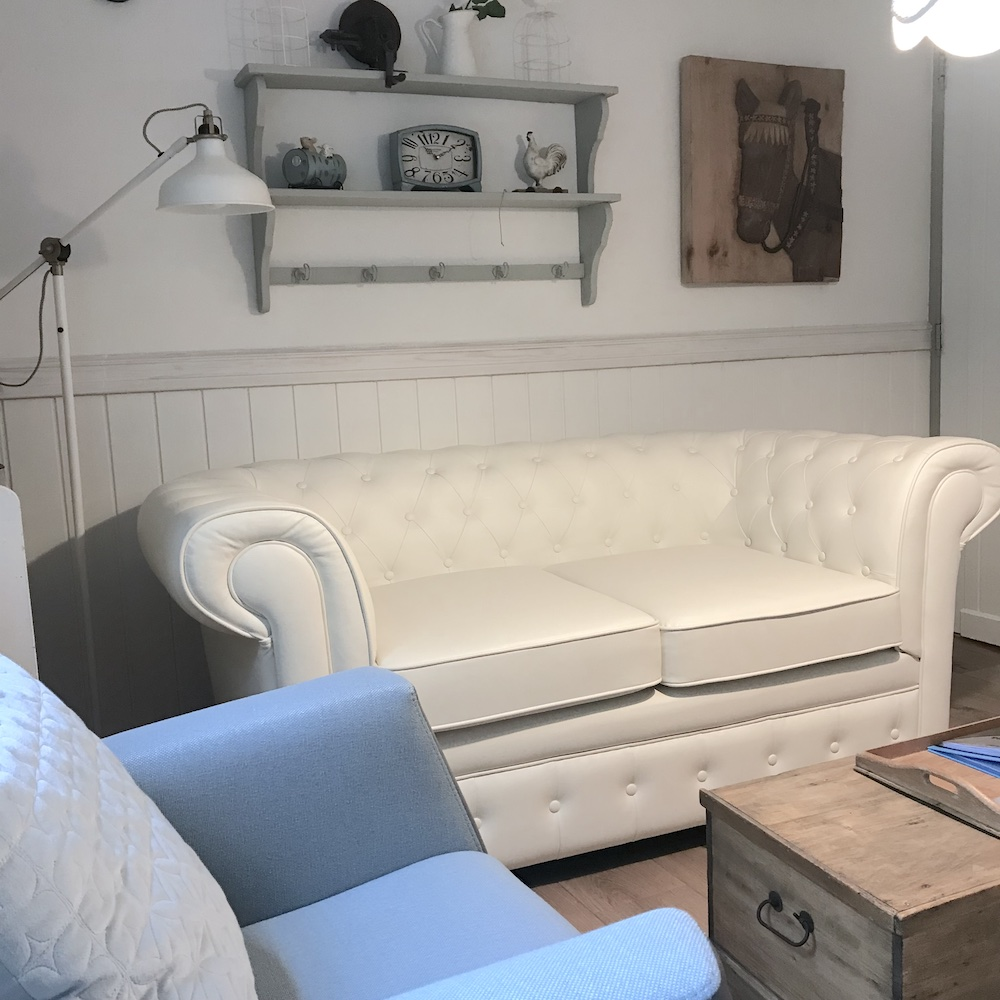 Droomhuisje zitbank in de woonkamer